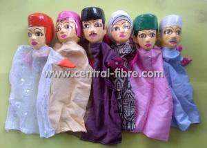 boneka keluarga muslim